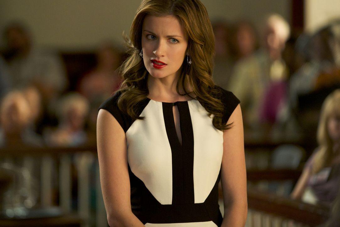 Jamie (Anna Wood) will ihrer Klientin unbedingt helfen, doch Lee Annes Ruf kann sie wahrscheinlich nie wieder vollständig regenerieren ... - Bildquelle: 2013 CBS BROADCASTING INC. ALL RIGHTS RESERVED.