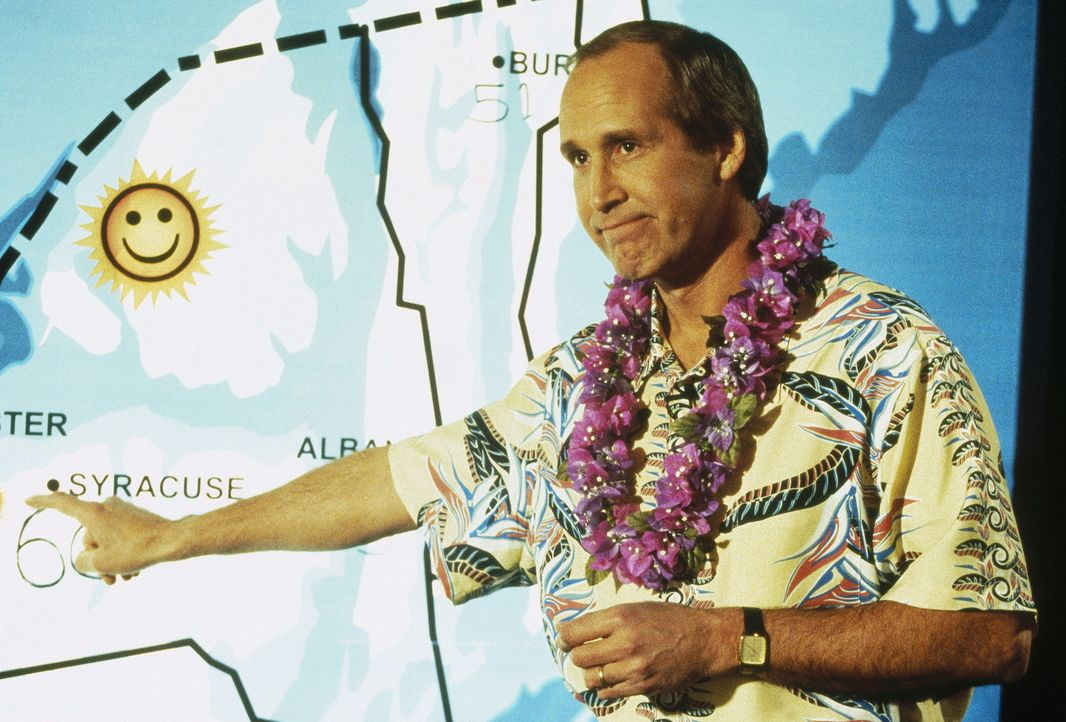 Der Meteorologe Tom (Chevy Chase) hat so seine Probleme mit der Wettervorhersage ... - Bildquelle: Paramount Pictures