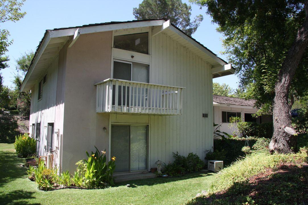 Das Haus in Buena Park schein ein wahres Schnäppchen zu sein, aber wird es auch so viel Profit bringen wie erhofft? - Bildquelle: 2013,HGTV/Scripps Networks, LLC. All Rights Reserved
