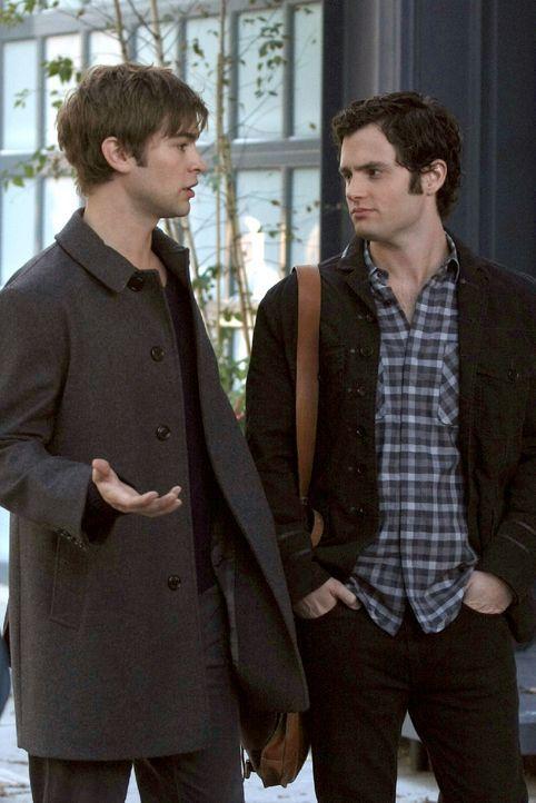 Nate (Chace Crawford, l.) erklärt Dan (Penn Badgley, r.), dass der Dreier sowohl seiner Beziehung mit Olivia, als auch seiner Freundschaft mit Vanes... - Bildquelle: Warner Brothers