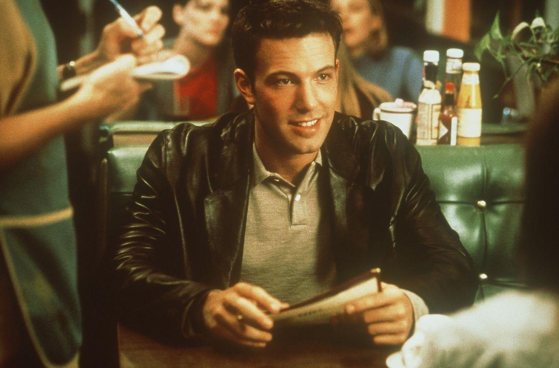 Von Gewissensbissengeplagt, reist Buddy Amaral (Ben Affleck) nach L. A., um Gregs Witwe aufzusuchen ... - Bildquelle: Miramax Films
