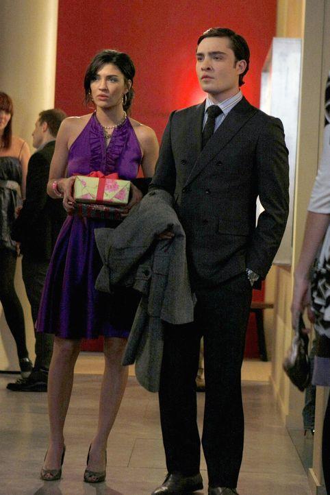 Während Serena ein Geburtstagsparty für Jenny plant, wollen sich Vanessa (Jessica Szohr, l.) und Chuck (Ed Westwick, r.) an Nate und Blair rächen. D... - Bildquelle: Warner Brothers