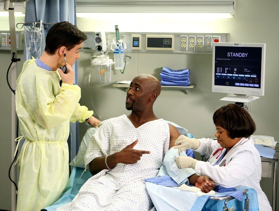 Während Derek und Izzie einen Jungen namens Danny behandeln, in dessen rechtes Auge sich durch den Unfall ein Bleistift gebohrt hat, kümmern sich... - Bildquelle: Touchstone Television
