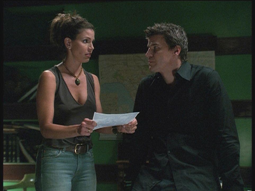 Cordelia (Charisma Carpenter, l.) und Angel (David Boreanaz, r.) haben einen Hinweis auf ein schreckliches Verbrechen und ahnen bereits, wer dahinte... - Bildquelle: 20th Century Fox. All Rights Reserved.
