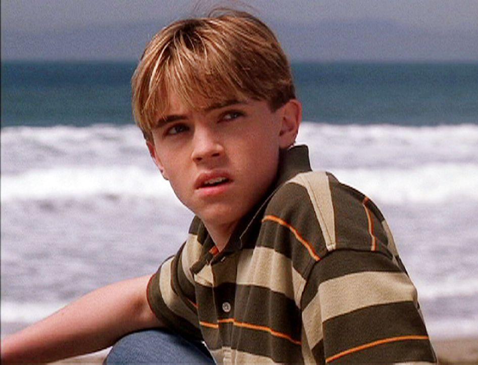 Bradin (Jesse McCartney) muss sich an die neuen Lebensumstände erst noch gewöhnen ... - Bildquelle: CBS Television