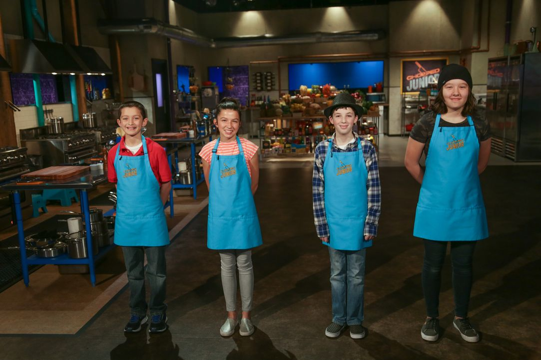 (v.l.n.r.) Alex Wise; Ellie Zeiler; Christian Bonadio; Greta Lau - Bildquelle: Susan Magnano 2016,Television Food Network, G.P. All Rights Reserved/Susan Magnano