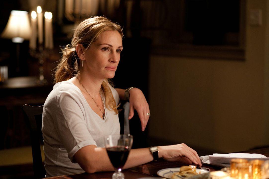 Liz (Julia Roberts) hatte alles, wovon eine Frau träumt. Doch als ihre Ehe geschieden wird, beschließt sie alles zu riskieren und ihr altes Leben hi... - Bildquelle: 2010 Columbia Pictures Industries, Inc. All Rights Reserved.