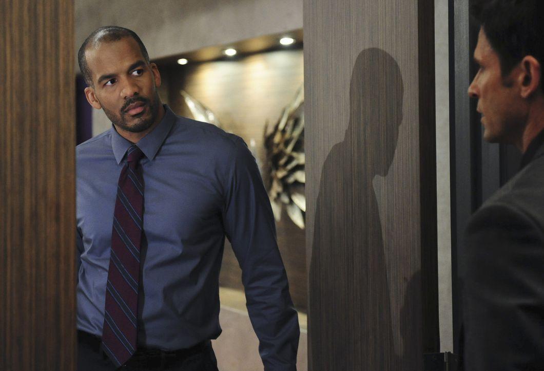 Reggie (Reggie Austin) treibt seine hinterhältigen Pläne weiter voran ... - Bildquelle: 2014 ABC Studios