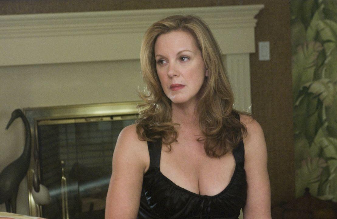 Wird Celia (Elizabeth Perkins) den Krebs besiegen können? - Bildquelle: Lions Gate Television