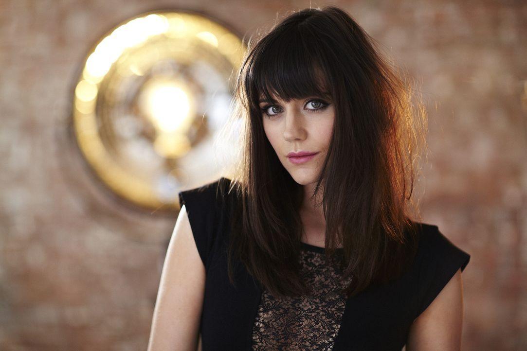 """Lilah Parson sucht zusammen mit den anderen Jurymitgliedern das """"Top Dog Model"""". - Bildquelle: 12 Yard Productions/ITV"""