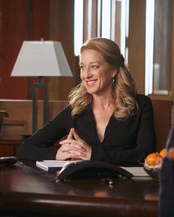 """Holly (Patricia Wettig) bezieht ihren Schreibtisch bei """"Ojai Foods"""" ... - Bildquelle: Disney - ABC International Television"""