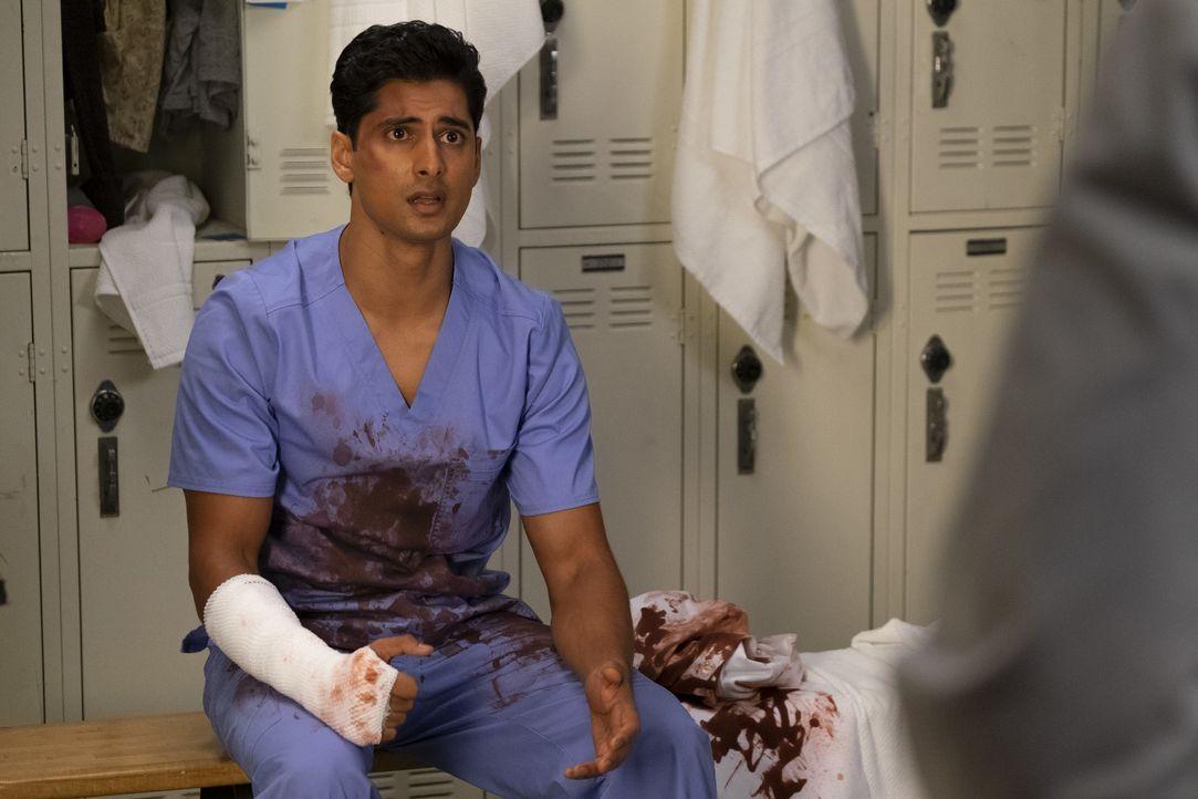 Dr. Vik Roy (Rushi Kota) - Bildquelle: John Fleenor ABC Studios / John Fleenor