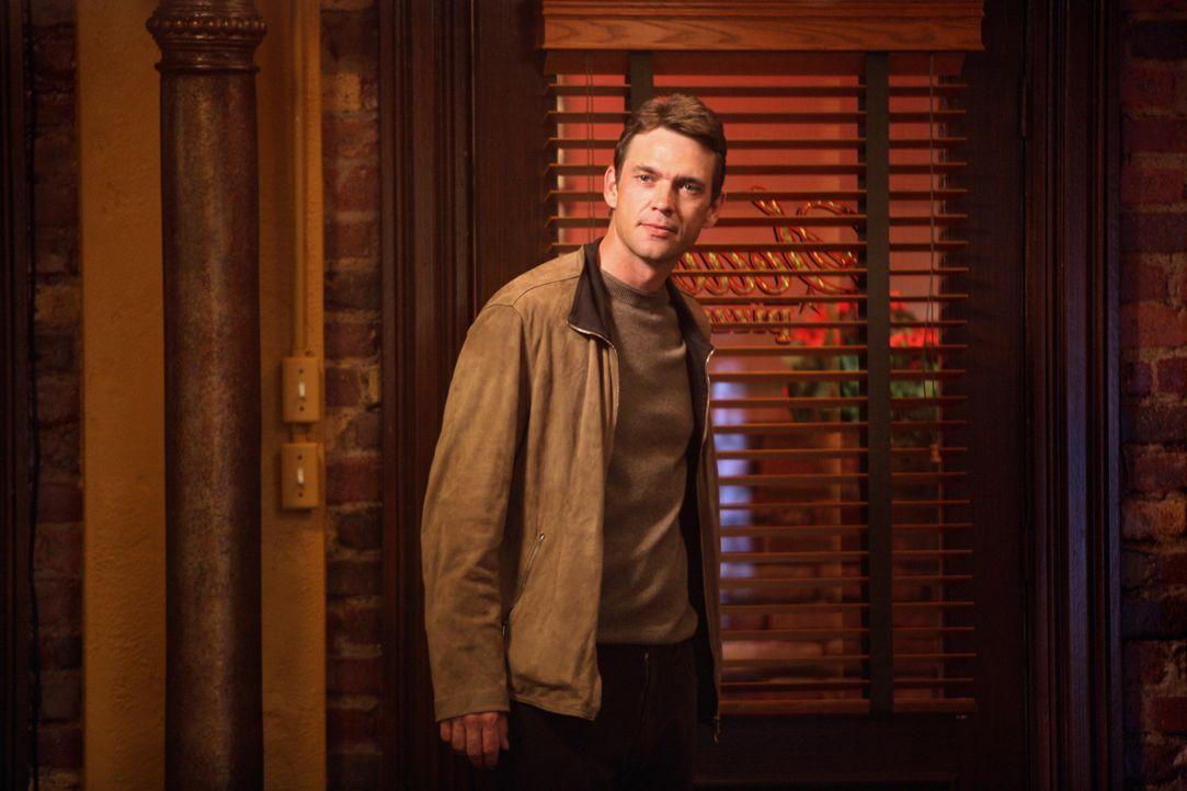 Mike hat Ian (Dougray Scott) durchschaut und sagt ihm ins Gesicht, warum er denkt, dass er Susan so schnell heiraten möchte ... - Bildquelle: 2005 Touchstone Television  All Rights Reserved