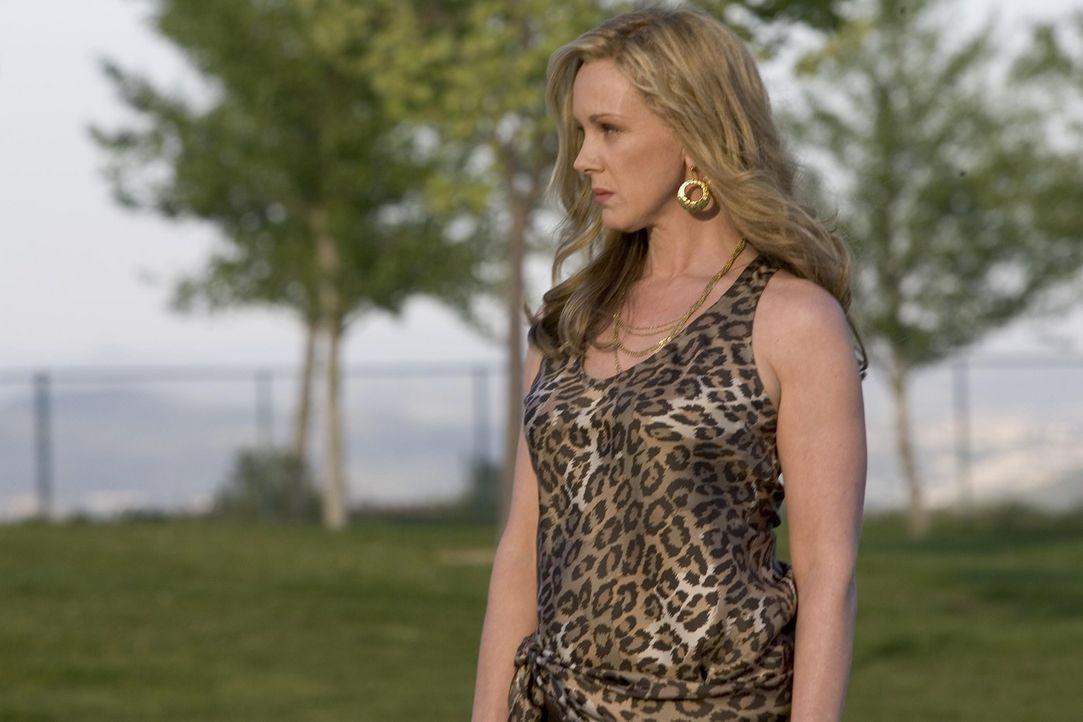 Ahnt nichts von Nancys neuem Einkommen: Celia Hodes (Elizabeth Perkins) ... - Bildquelle: Lions Gate Televison