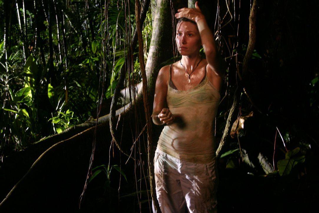 Im Visier von blutrünstigen Kreaturen, die kein Erbarmen kennen: Liz (Jewel Staite) ... - Bildquelle: Voltage Pictures
