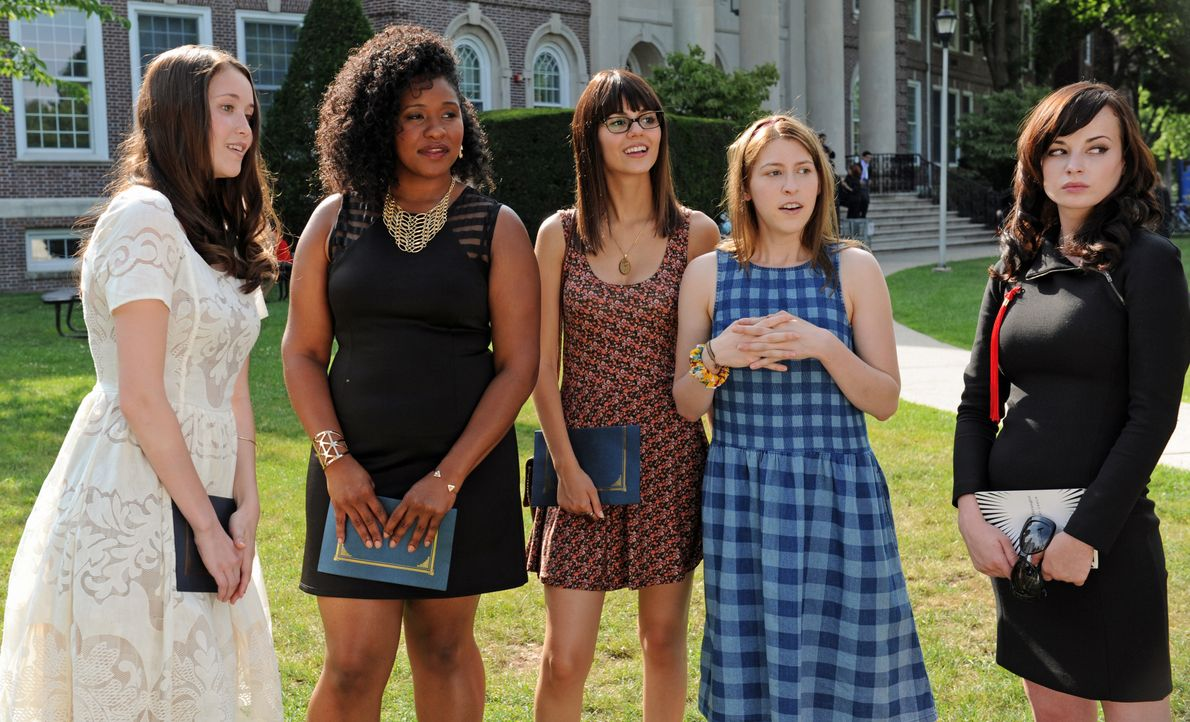 (v.l.n.r.) Claire (Katie Chang); Sugar (Jazmyn Richardson); Jodi (Victoria Justice); Mindy (Eden Sher); Virginia (Ashley Rickards) - Bildquelle: Jacob Hutchings SquareOne Entertainment / Universum Film / Jacob Hutchings
