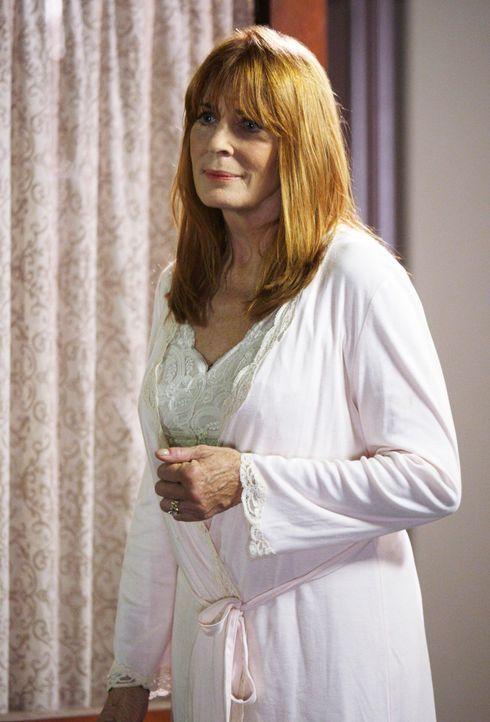 Über Melinda kann Faith (Joanna Cassidy) noch einmal Kontakt zum Geist ihres verstorbenen Sohnes Jim aufnehmen ... - Bildquelle: ABC Studios