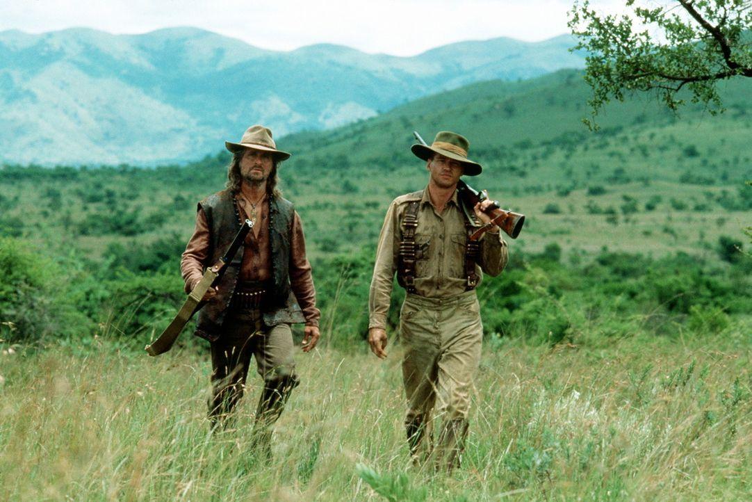 Für Remington (Michael Douglas, l.) und Patterson (Val Kilmer, r.) wird das Unternehmen alles andere als ein gemütlicher Jagdausflug ... - Bildquelle: Paramount Pictures