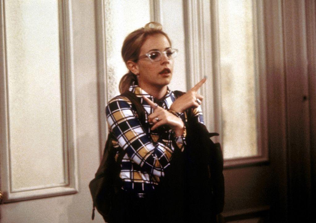 Sabrina (Melissa Joan Hart) würde gern in den Wissenschaftsclub der Schule gehen. - Bildquelle: Paramount