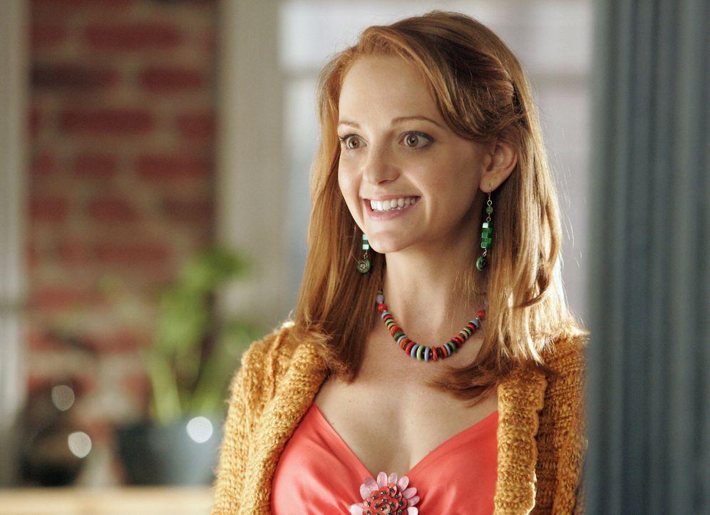 Die hochschwangere Charlie (Jayma Mays) platzt mitten in Bettys romantisches Geburtstagswochenende ... - Bildquelle: Buena Vista International Television