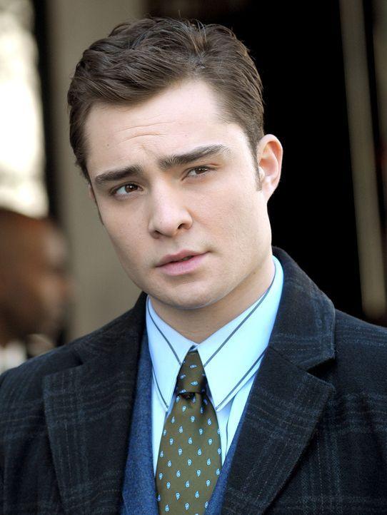 Chuck (Ed Westwick) unterstützt Blair bei ihren Sorgen. - Bildquelle: Warner Brothers
