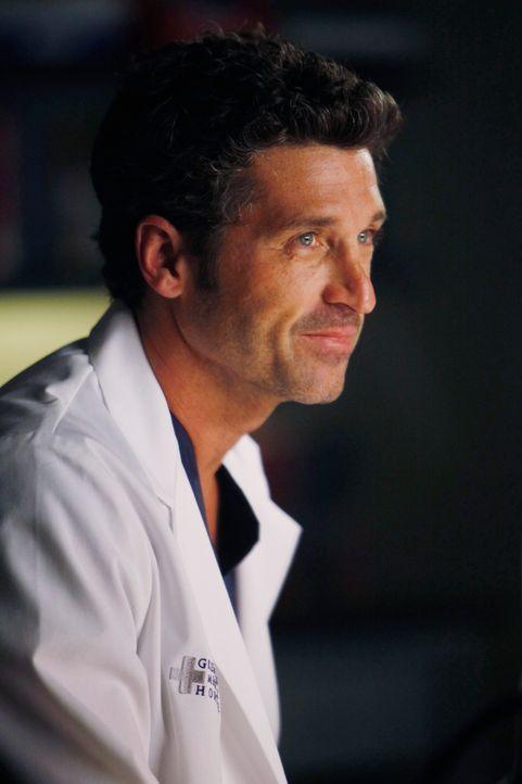 Derek (Patrick Dempsey) hat alle Hände voll zu tun, um seinen vom Hals abwärts gelähmten Patienten von einer Entfernung eines speziellen Transpla... - Bildquelle: ABC Studios