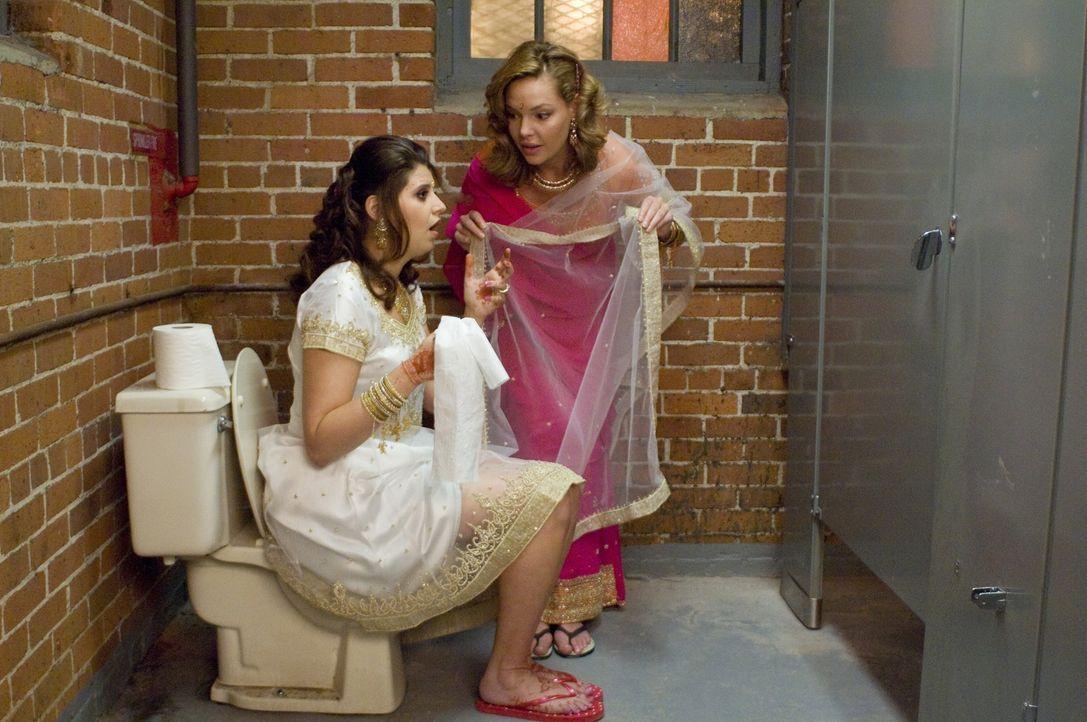 Und wieder einmal spielt Jane (Katherine Heigl, r.) Amor - doch wann wird endlich sie selbst von seinen flammenden Pfeilen getroffen? - Bildquelle: Twentieth Century Fox Film Corporation