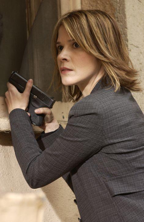 Einem Serienvergewaltiger auf er Spur: Terry Lake (Sabrina Lloyd) ... - Bildquelle: Paramount Network Television