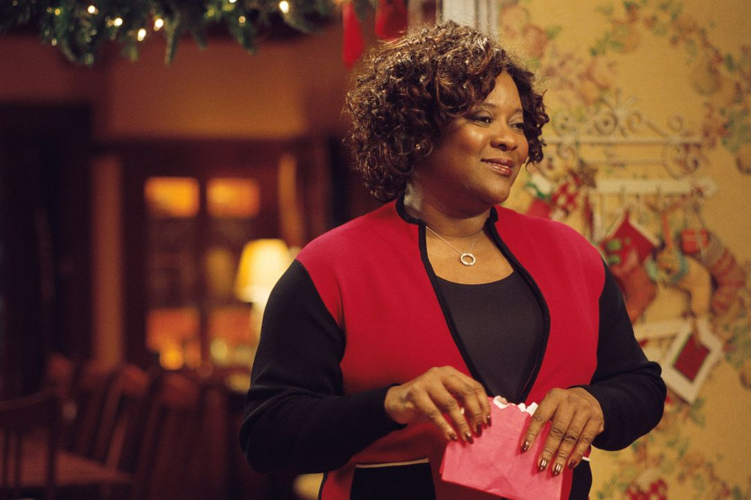 Ma Dear (Loretta Devine) ist überglücklich, als sie erfährt, dass alle ihre Kinder zum Weihnachtsfest heimkommen. Doch schon bald treten erste Spann... - Bildquelle: CPT Holdings, Inc.  All Rights Reserved.