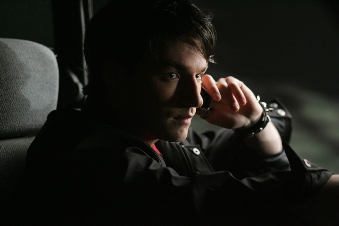 Was wird mit Troy (Ross Kohn) geschehen? - Bildquelle: Warner Bros. Television