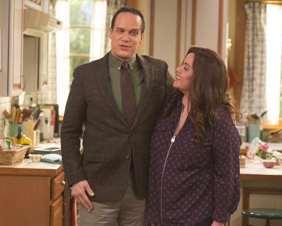 Greg Otto (Diedrich Bader, l.); Katie Otto (Katy Mixon, r.) - Bildquelle: Michael Ansell 2019 American Broadcasting Companies, Inc. All rights reserved. / Michael Ansell