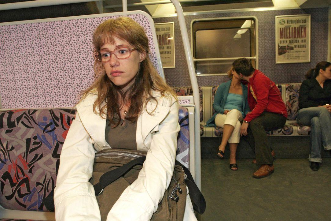 Ob es Lisa (Alexandra Neldel) tatsächlich gelingt, konsequent Abstand zu David zu halten? (Dieses Foto von Alexandra Neldel darf nur in Zusammenhan... - Bildquelle: Sat.1