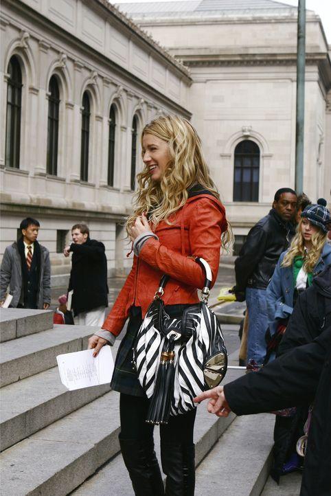 Ein fataler Irrtum: Serena (Blake Lively) kauft den Schwangerschaftstest nicht für sich selbst, sondern für eine Freundin ... - Bildquelle: Warner Brothers