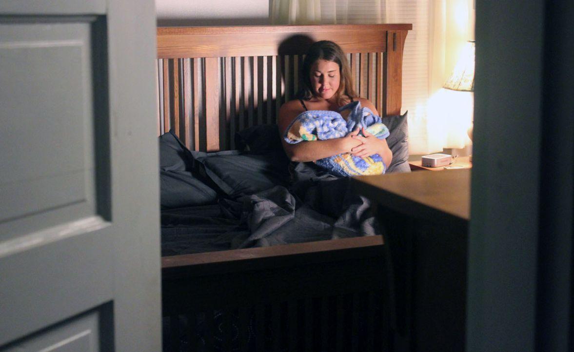 Als Rose ein Kind mit ihrem Verlobten Robert bekommt, scheint alles perfekt zu sein, doch ihre zukünftigen Schwiegereltern sind anderer Ansicht ... - Bildquelle: M2 Pictures