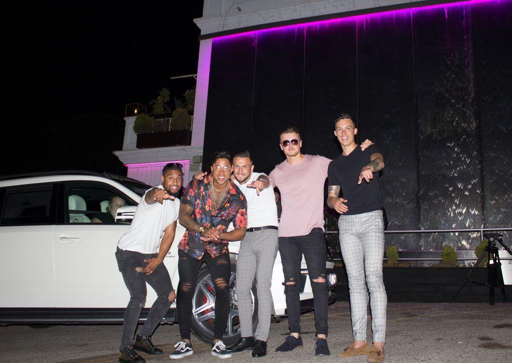 (v.l.n.r.) Marco; Liam; Ryan; Lawrence; Craig - Bildquelle: Twofour