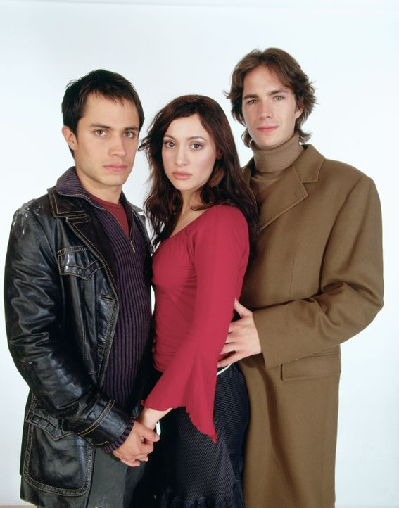 Zwischen (v.l.n.r.) Kit (Gael García Bernal), Carmen (Natalia Verbeke) und Barnaby (James D'Arcy) entspinnt sich eine Dreiecksgeschichte, die in un...