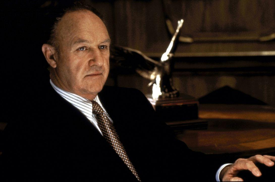 Der erfahrene Anwalt Avery Tolar (Gene Hackman) nimmt den hochbegabten Jura-Absolventen Mitch McDeere unter seine Fittiche. Doch er rechnet nicht mi... - Bildquelle: Paramount Pictures