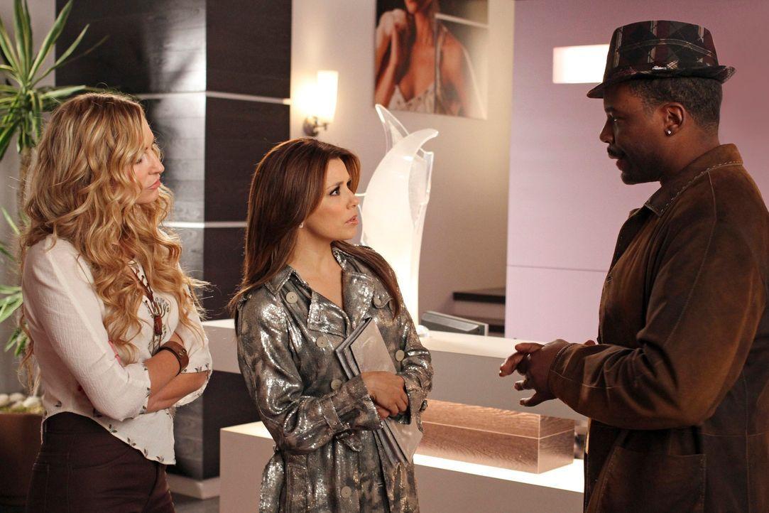 Gaby (Eva Longoria, M.) und Angie (Drea de Matteo, l.) begeben sich nach New York, um nach Danny und Ana zu suchen. Dort treffen sie auf Gabys ehema... - Bildquelle: ABC Studios