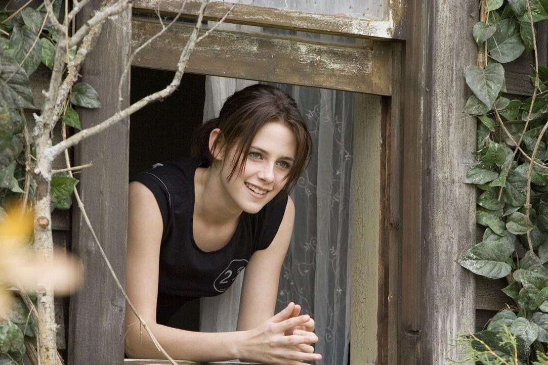Als ihre Eltern von Chicago ins Hinterland von North Dakota umziehen, ist Jess (Kristen Stewart) ziemlich unglücklich. Ohne Freunde und Handyempfan... - Bildquelle: 2005 GHP-3 SCARECROW, LLC.