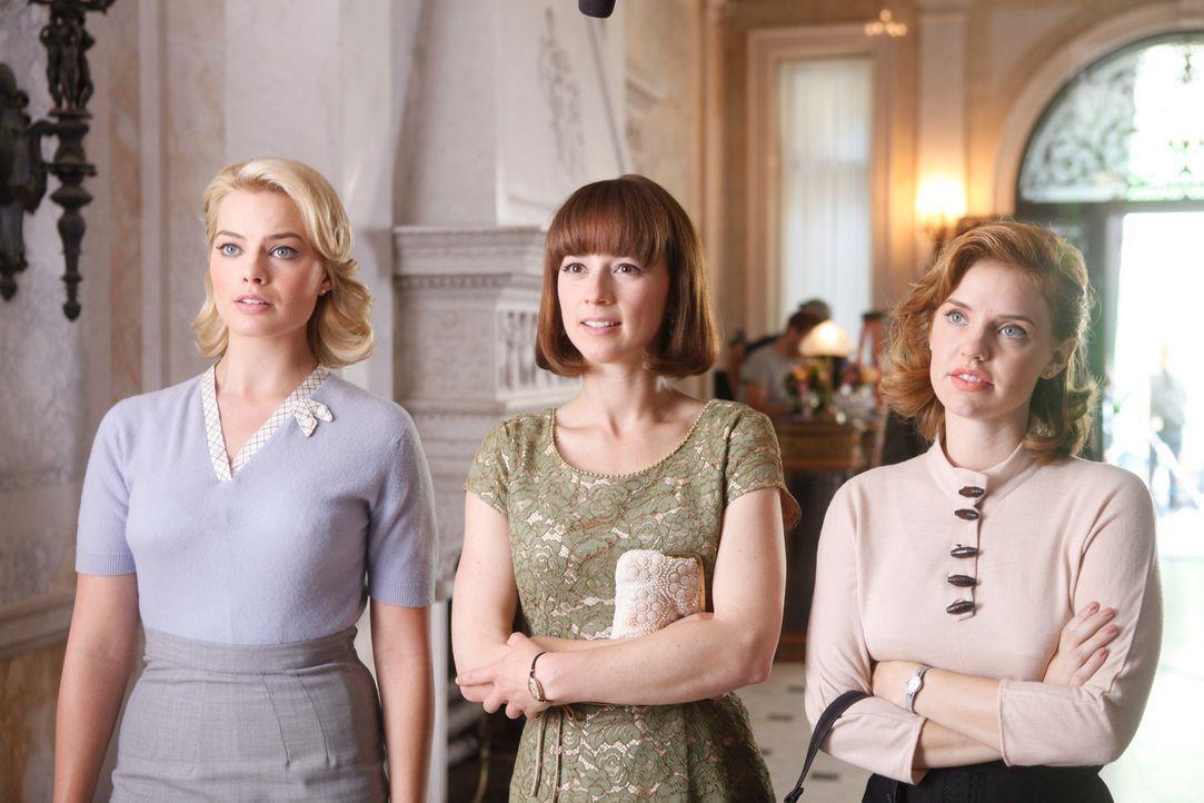 Als Stewardessen von Pan Am sind Laura (Margot Robbie, l.), Colette (Karine Vanasse, M.) und Kate (Kelli Garner, r.) in der ganzen Welt beliebt ... - Bildquelle: 2011 Sony Pictures Television Inc.  All Rights Reserved.