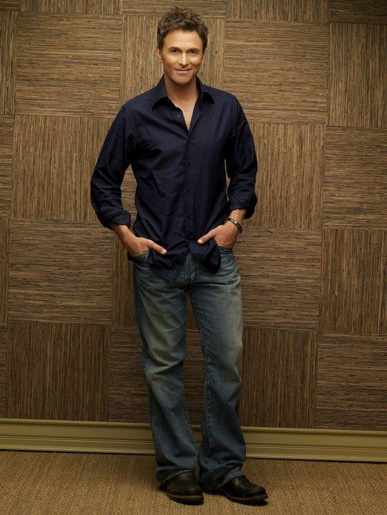 """(2. Staffel) - Dr. Pete Wilder (Tim Daly) ist der Heilpraktiker im """"Oceanside Wellness Center"""" und frischt sein Leben gerne mit One-Night Stands auf... - Bildquelle: ABC Studios"""