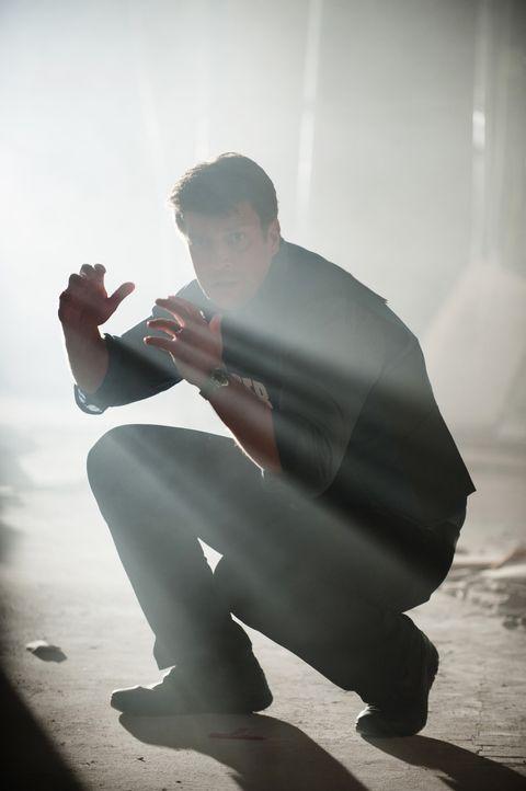 Nachdem die Frau vor ihm erschossen wird, verliert Castle (Nathan Fillion) sämtliche Hoffnung, Kate noch retten zu können ... - Bildquelle: Colleen Hayes ABC Studios / Colleen Hayes