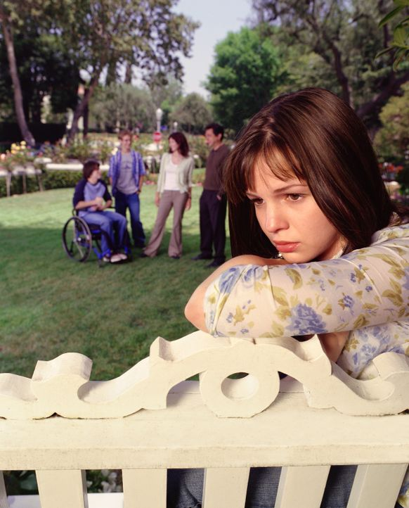 (1. Staffel) - Als eines Tages Gott in Joans (Amber Tamblyn, r.) Leben eingreift, verändert sich für den Teenager alles schlagartig ... - Bildquelle: Sony Pictures Television