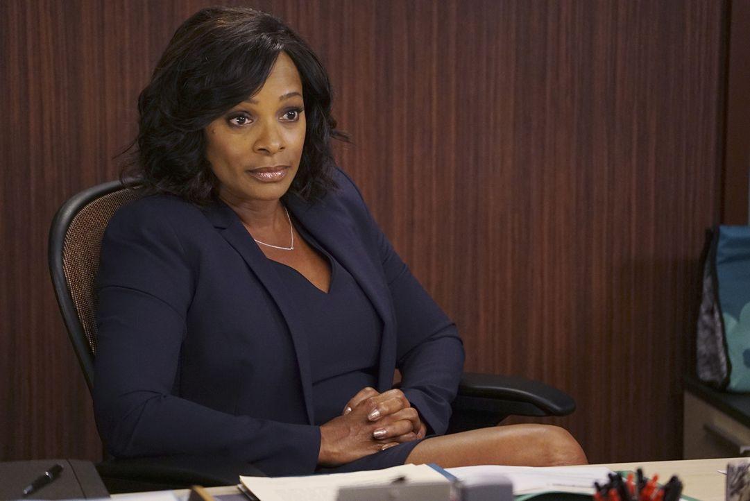 April holt sich Hilfe bei Lucinda Gamble (Vanessa Bell Calloway). Doch ist sie wirklich die Richtige dafür? - Bildquelle: Eric McCandless ABC Studios