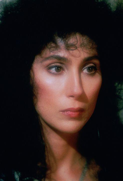 Alex (Cher) und ihre Freundinnen verlieben sich in den gleichen teuflischen Mann ... - Bildquelle: Warner Bros.
