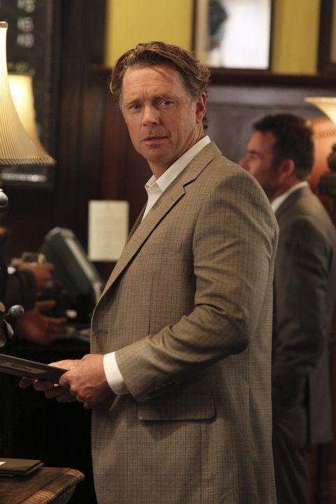 Nutzt Brees Mitleid mit seiner Situation aus, um Keiths Vorhaben zu torpedieren: Keiths Vater Richard (John Schneider) .... - Bildquelle: ABC Studios
