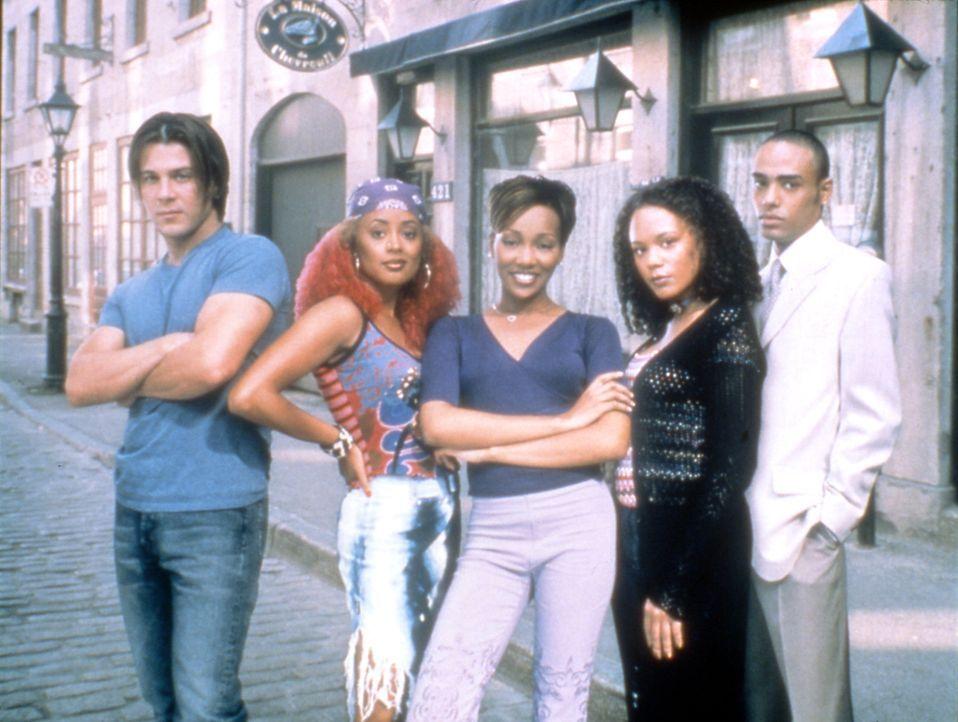 Ihr Leben ist die Musik: (v.l.n.r.) Billy Ryan (Christian Kane), Renee (Rachel True), Camille Livingston (Monica Arnold), Toni (Essence Atkins) und... - Bildquelle: TM &   2003 Paramount Pictures Corporation