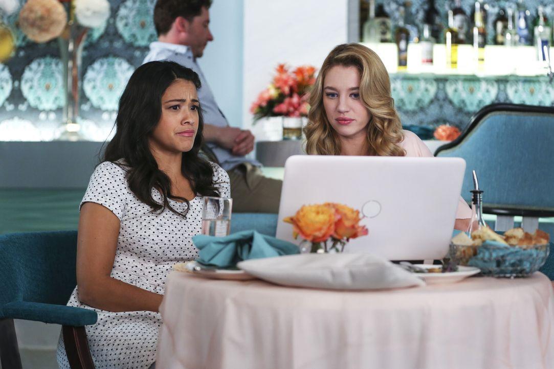 Was haben Jane (Gina Rodriguez, l.) und Petra (Yael Grobglas, r.) nur vor? - Bildquelle: 2015 The CW Network, LLC. All rights reserved.