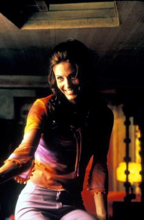 Immer wieder muss Michael erleben, dass Cybil (Courteney Cox) ihm einen Schritt voraus ist ... - Bildquelle: Francise Pictures