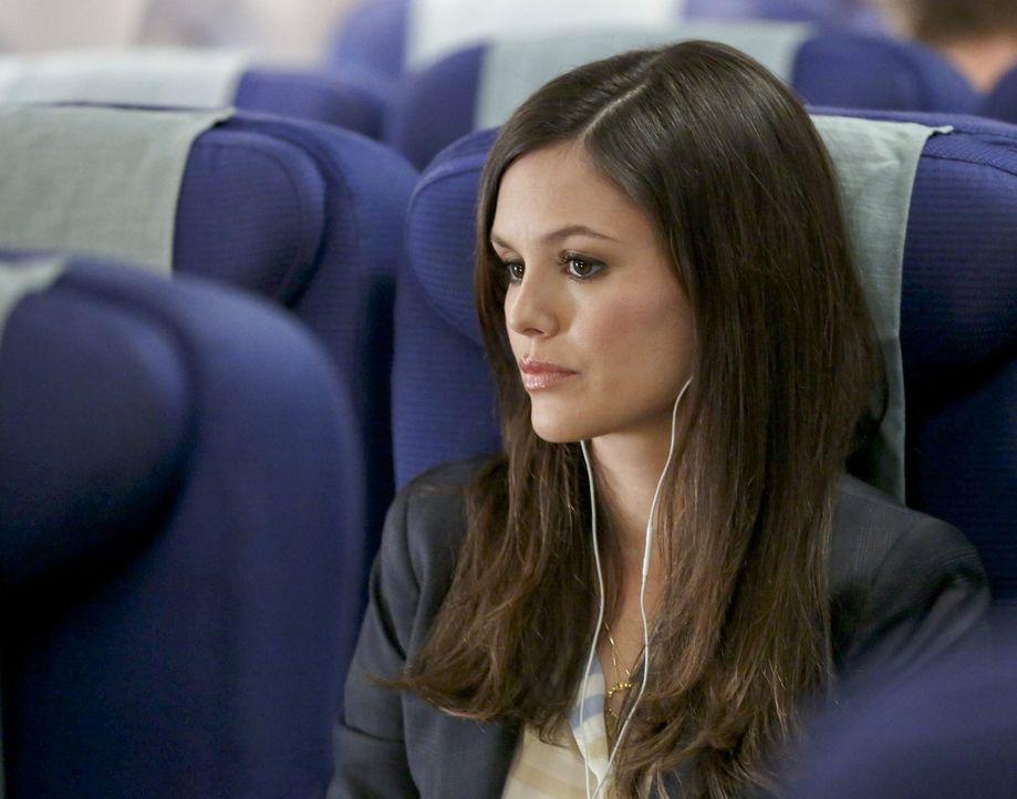 Nach einer harten Zeit in Bluebell, beschließt Zoe (Rachel Bilson), dass eine Auszeit in New York City genau das richtige für sie wäre um wieder ein... - Bildquelle: Warner Brothers